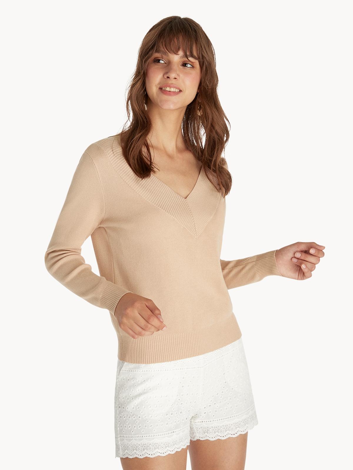 V Neck Sweater Beige