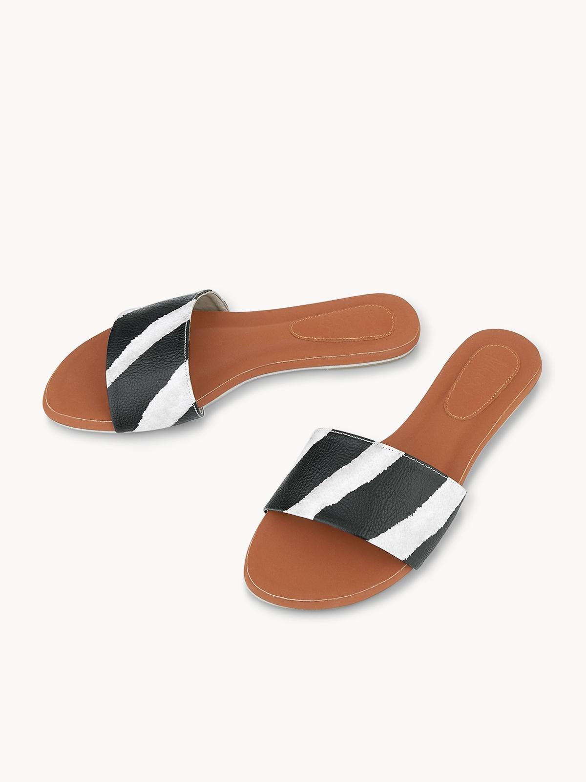 Mosstories Holiday Zebra Slides Brown
