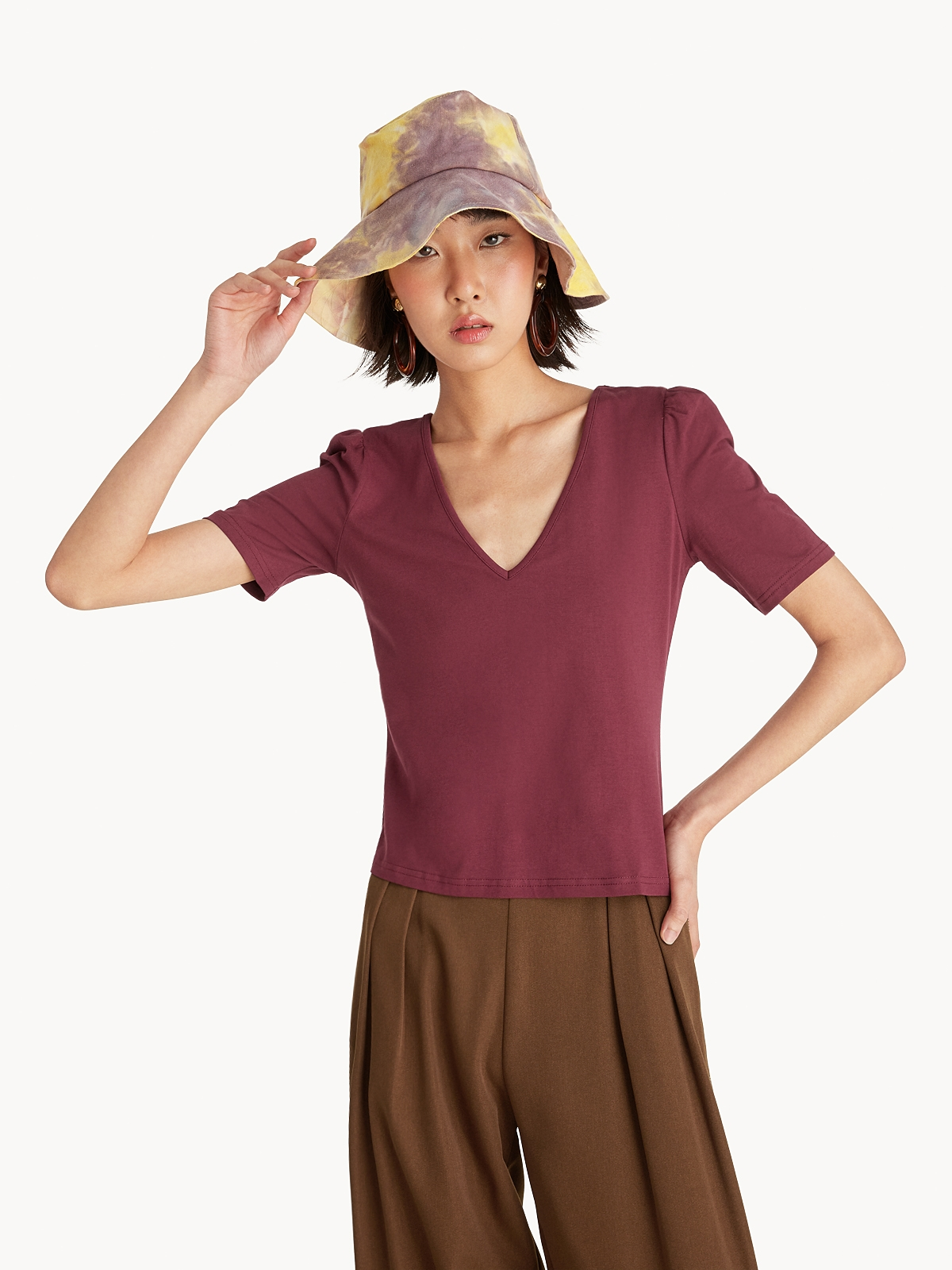 V Neck Puffed Sleeve Tee Red