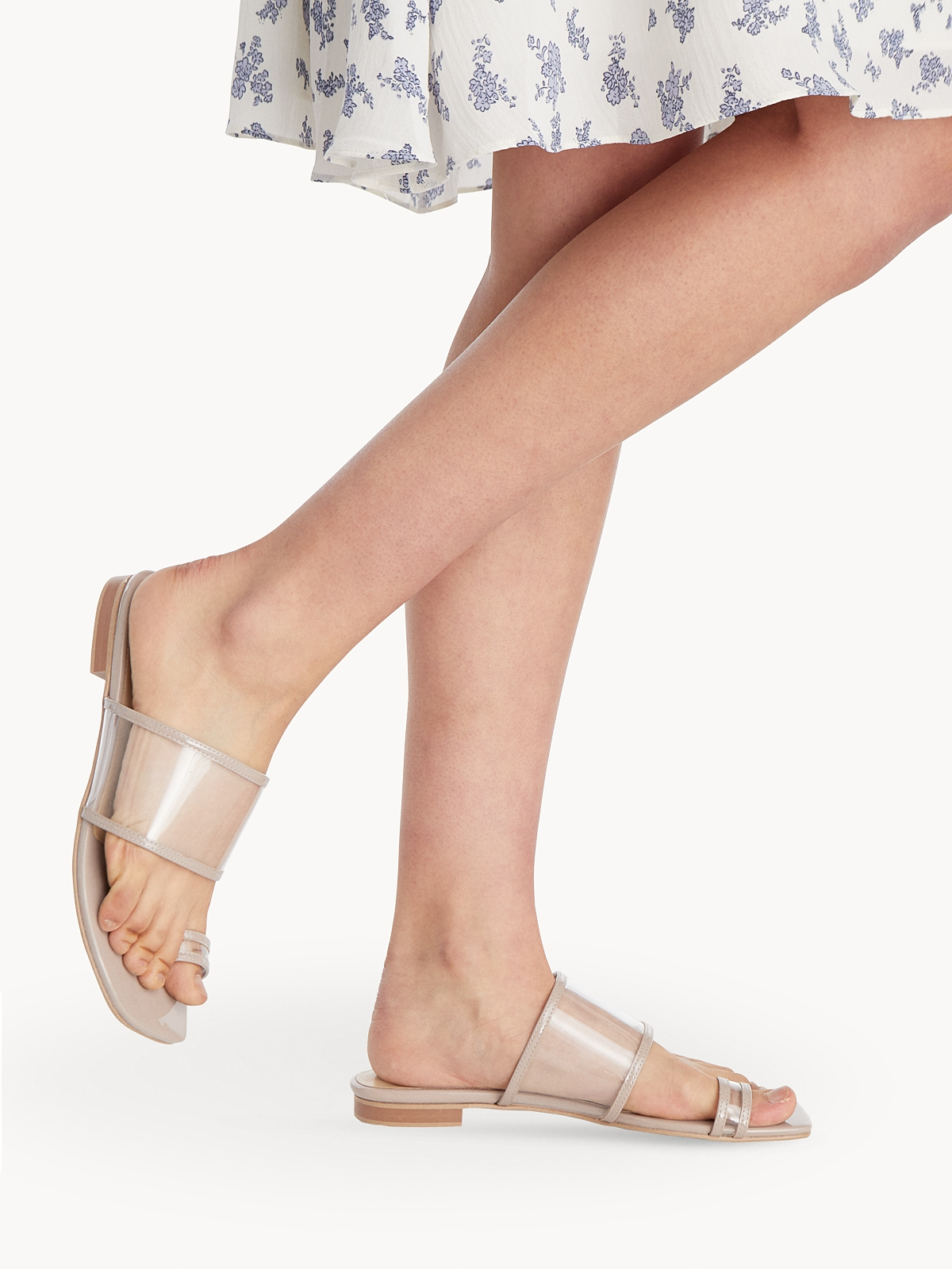P04 Open Toe Sandals Taupe