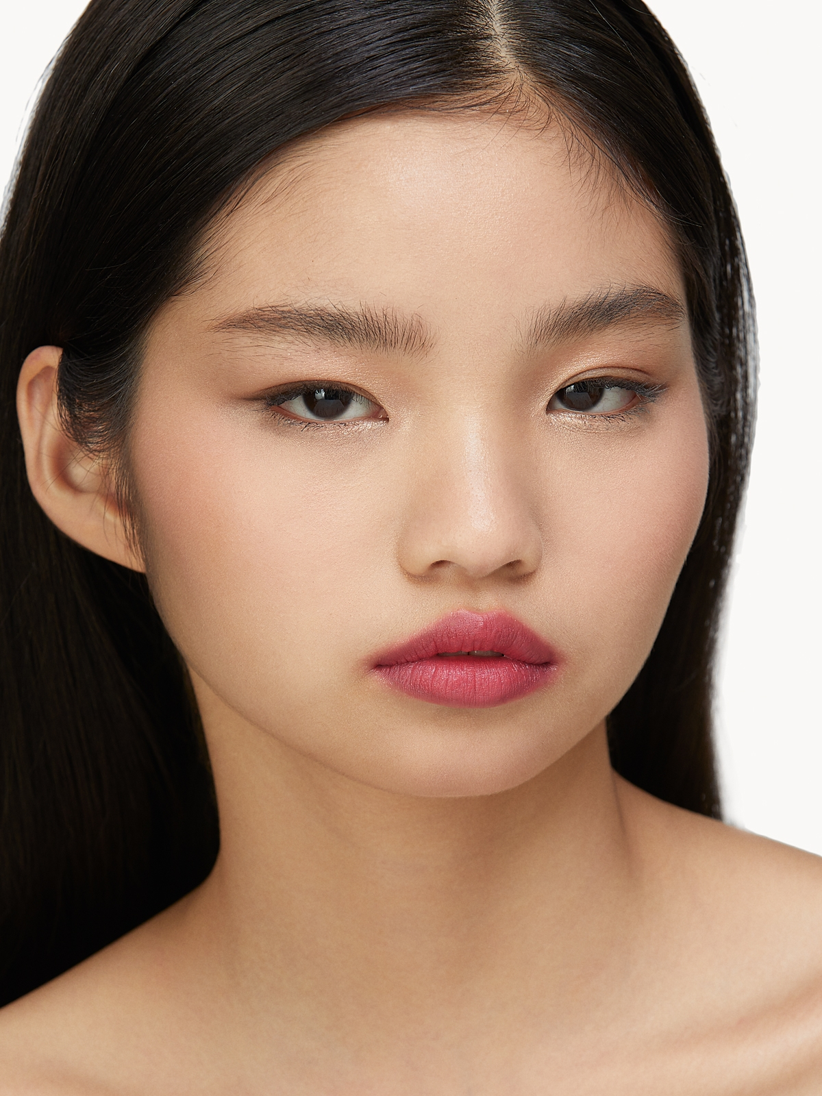 B by BANILA Lipdraw Matte Blast Lipstick WoWoman