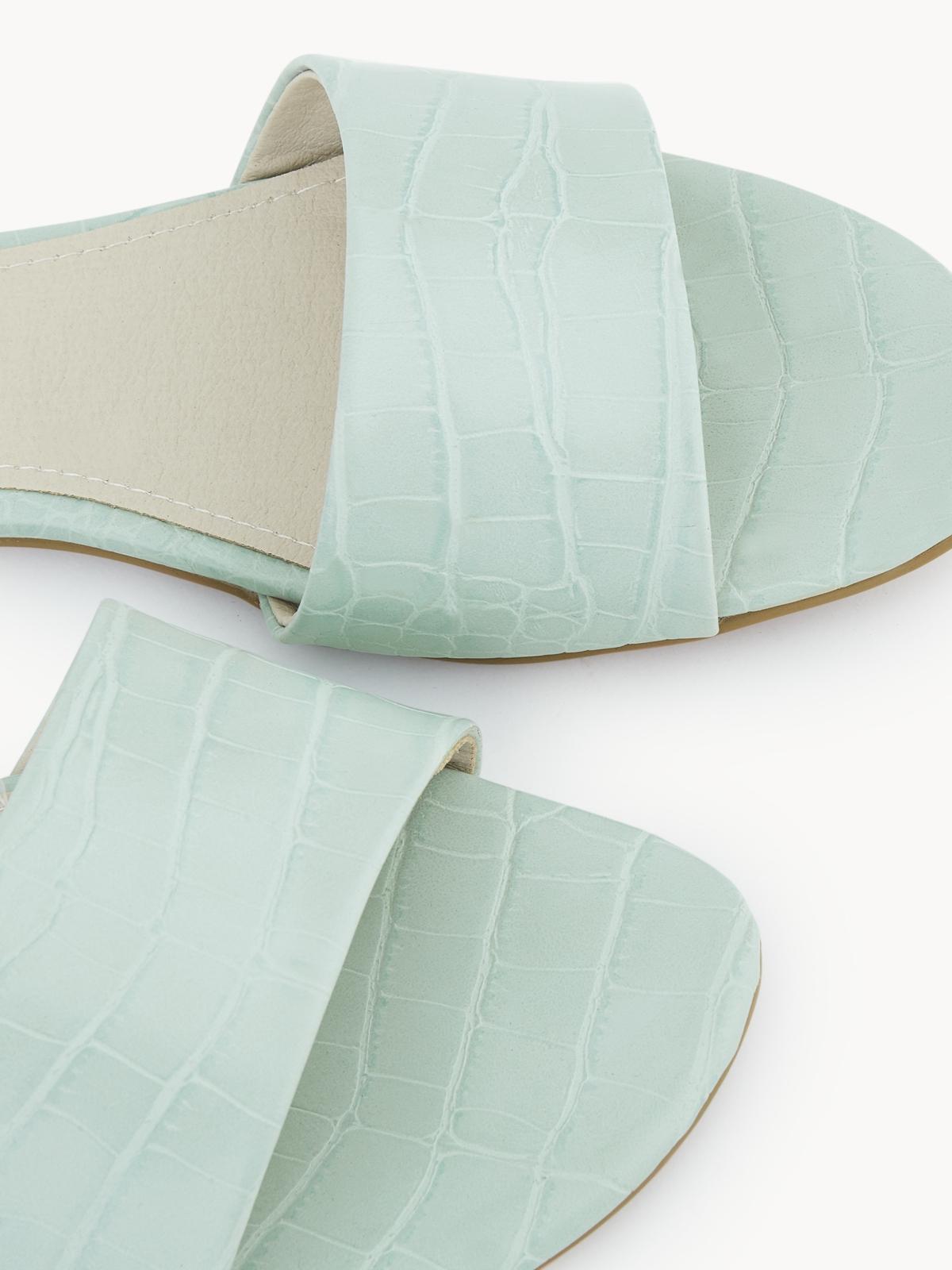 Starkela Flat Sandals Light Green