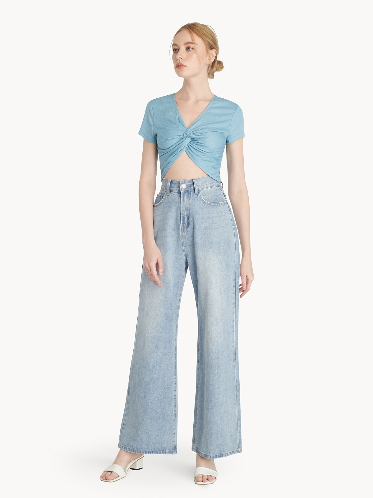 Front Knot Crop Tee Blue