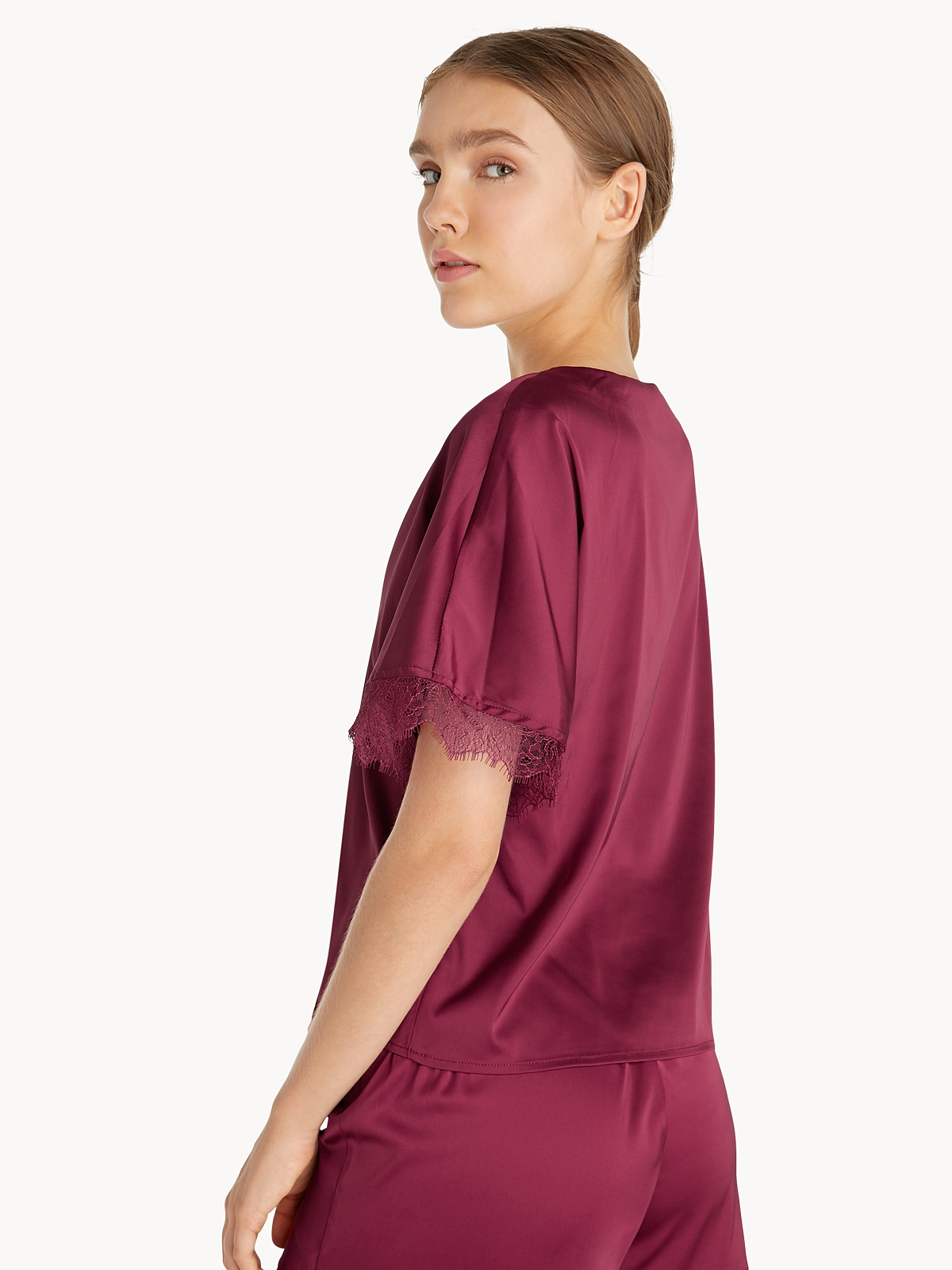 Lace Trim Short Sleeve Top Red