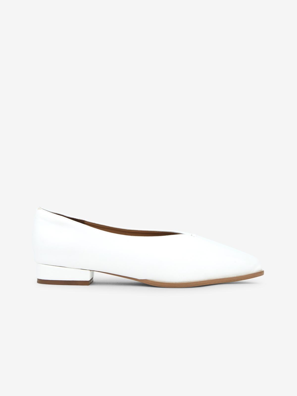 Wanderlust Ballet Shine Flats White