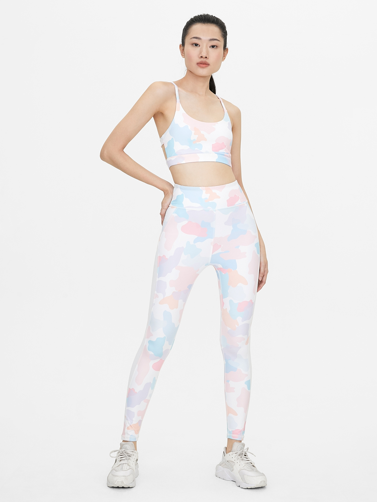 Camouflage Print Cross Back Sports Bra Pink
