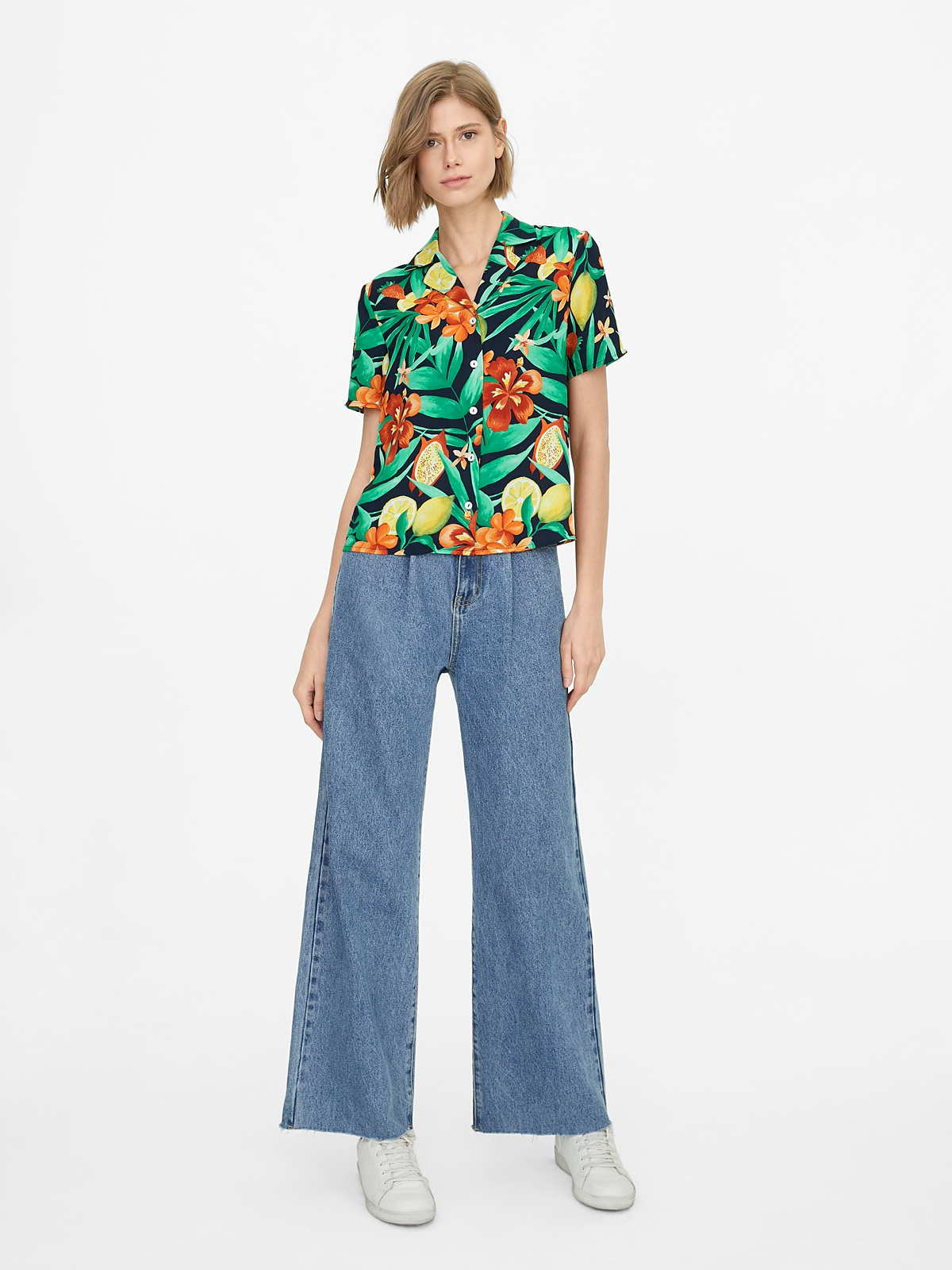 Buttoned Down Floral Shirt Navy