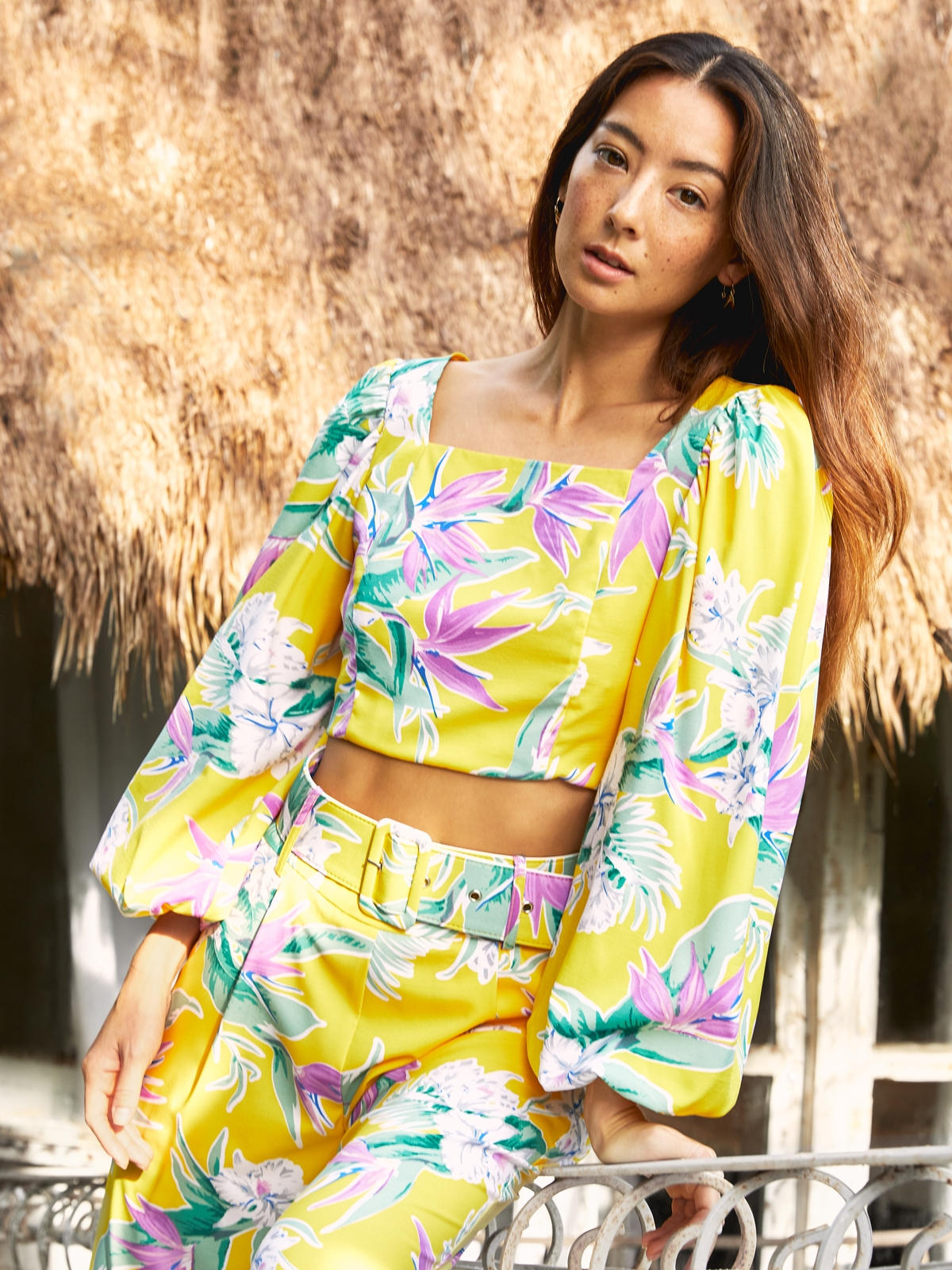 Bold Floral Wide Belt Pants Yellow