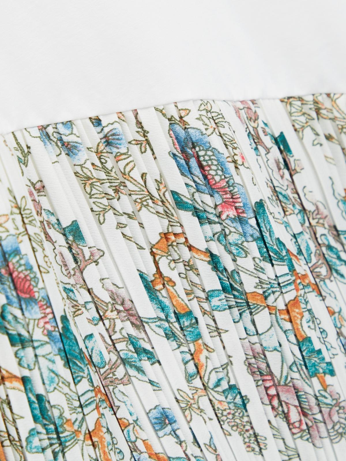 Asymmetric Hemline Print Tee White