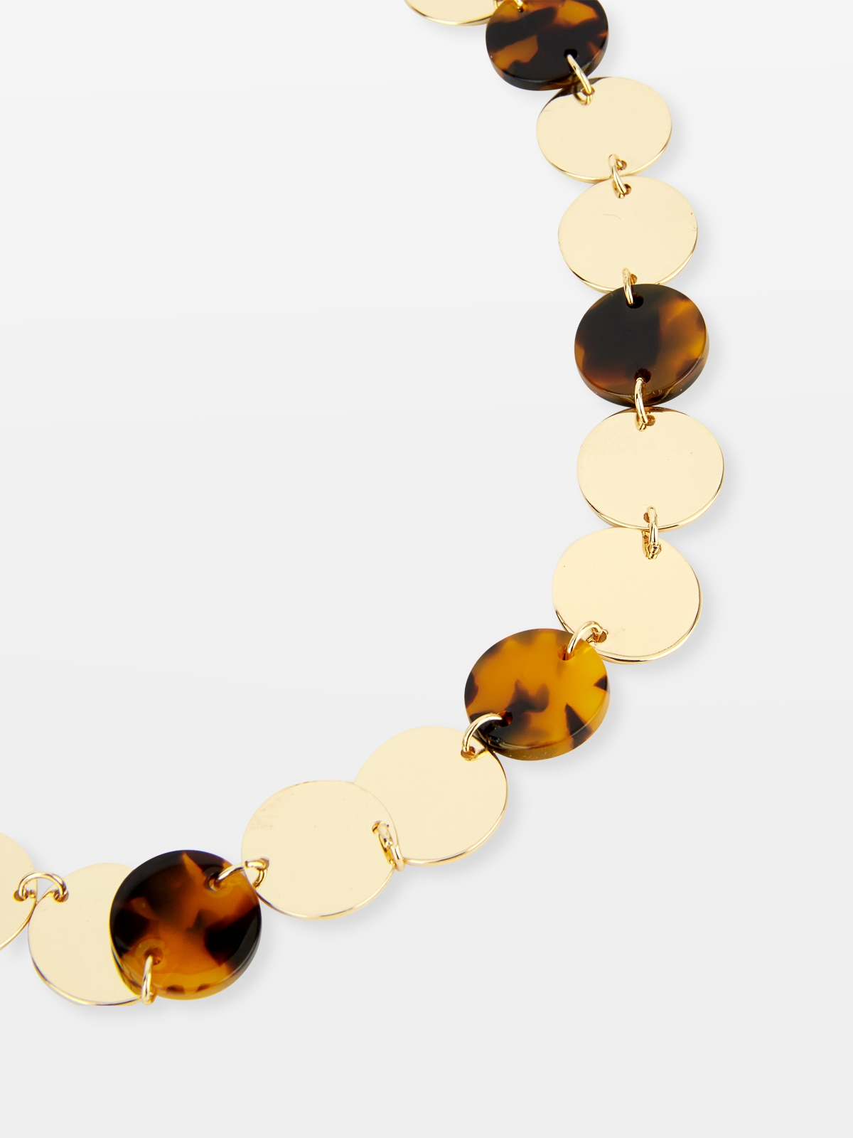 Oversized Circular Chain Necklace Gold