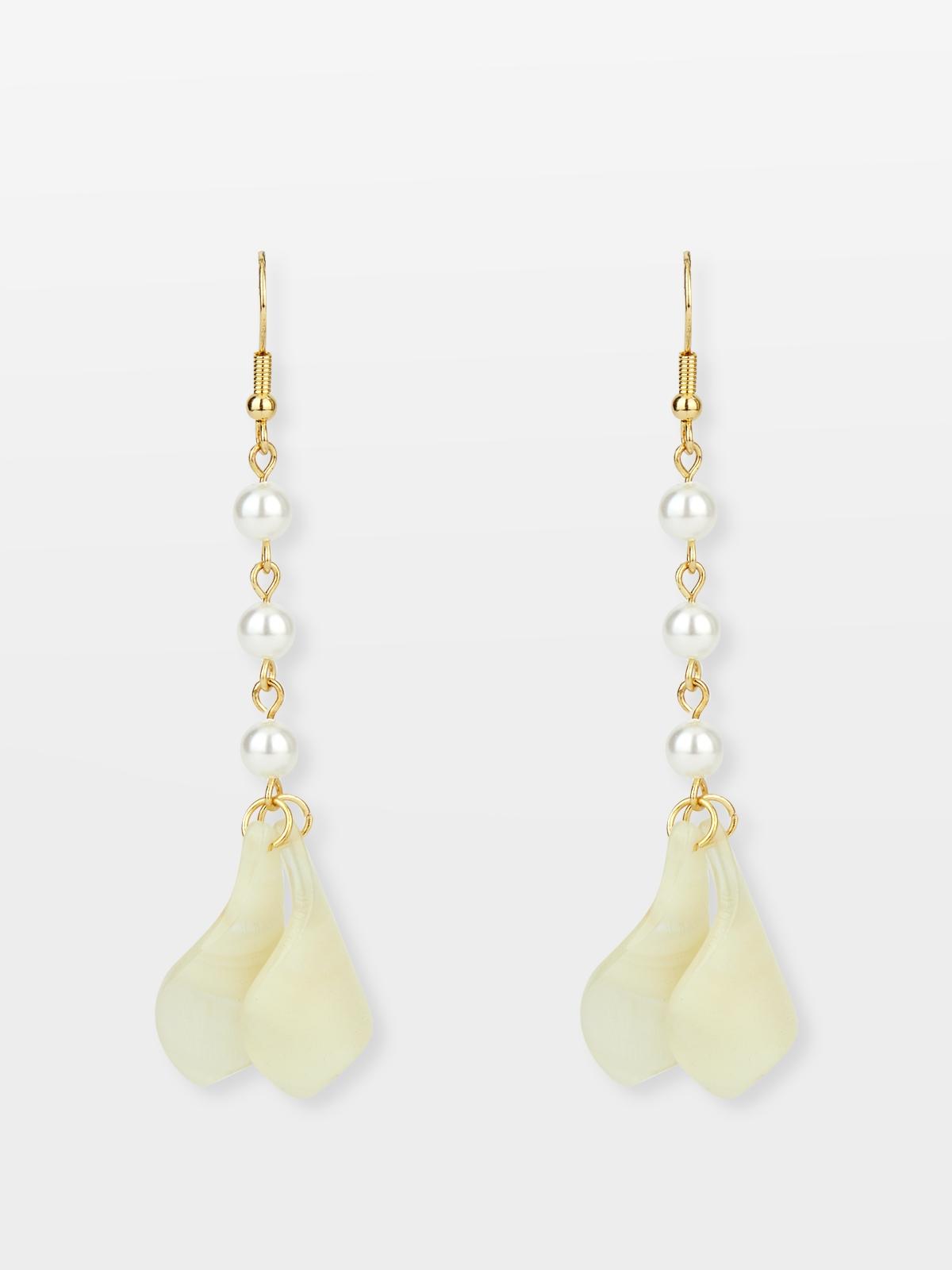 Delicate Pearl Drop Earrings Gold