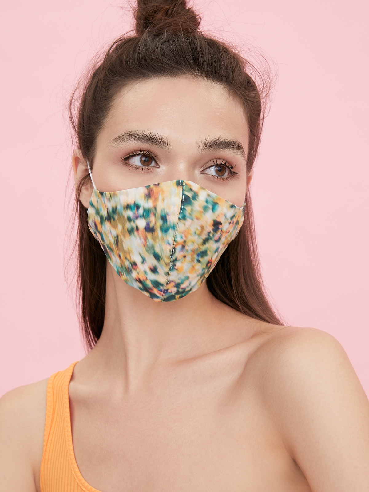People Triple Defense Layer Mask Abstract Green