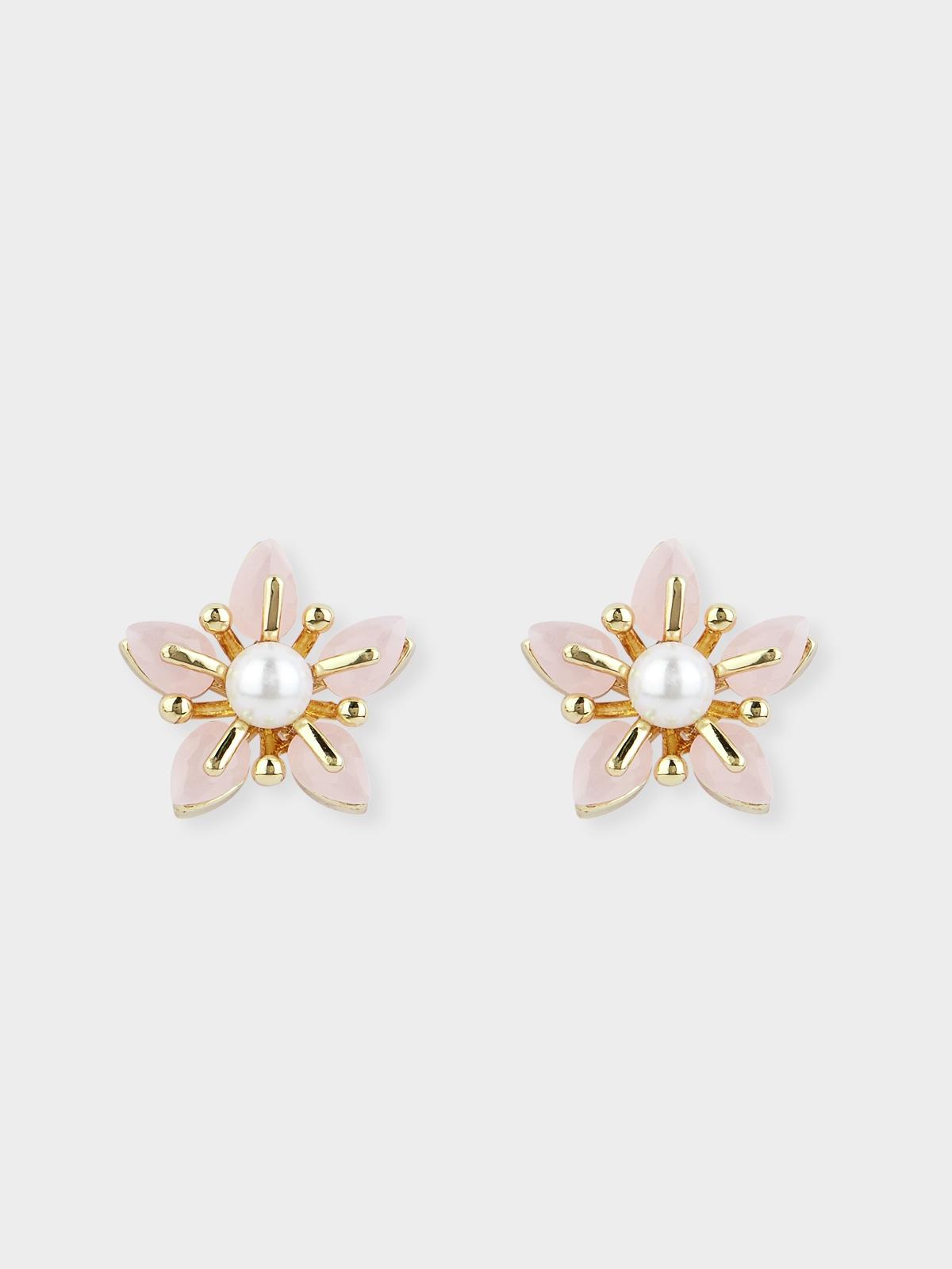 Pearl Petal Stud Earrings Cream