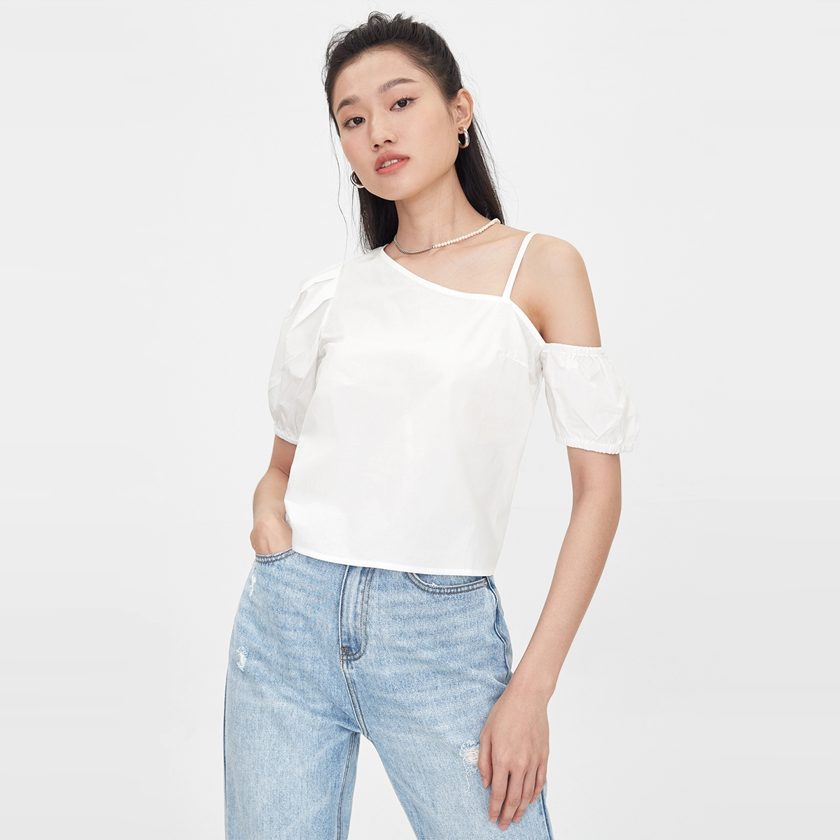 One Shoulder Strap Puffed Sleeves Top White