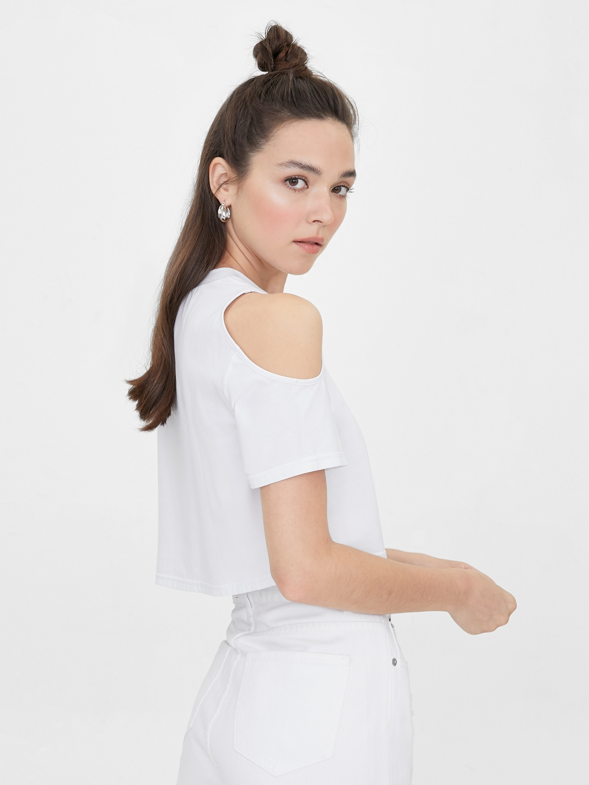 Shoulder Cut Out Tee White