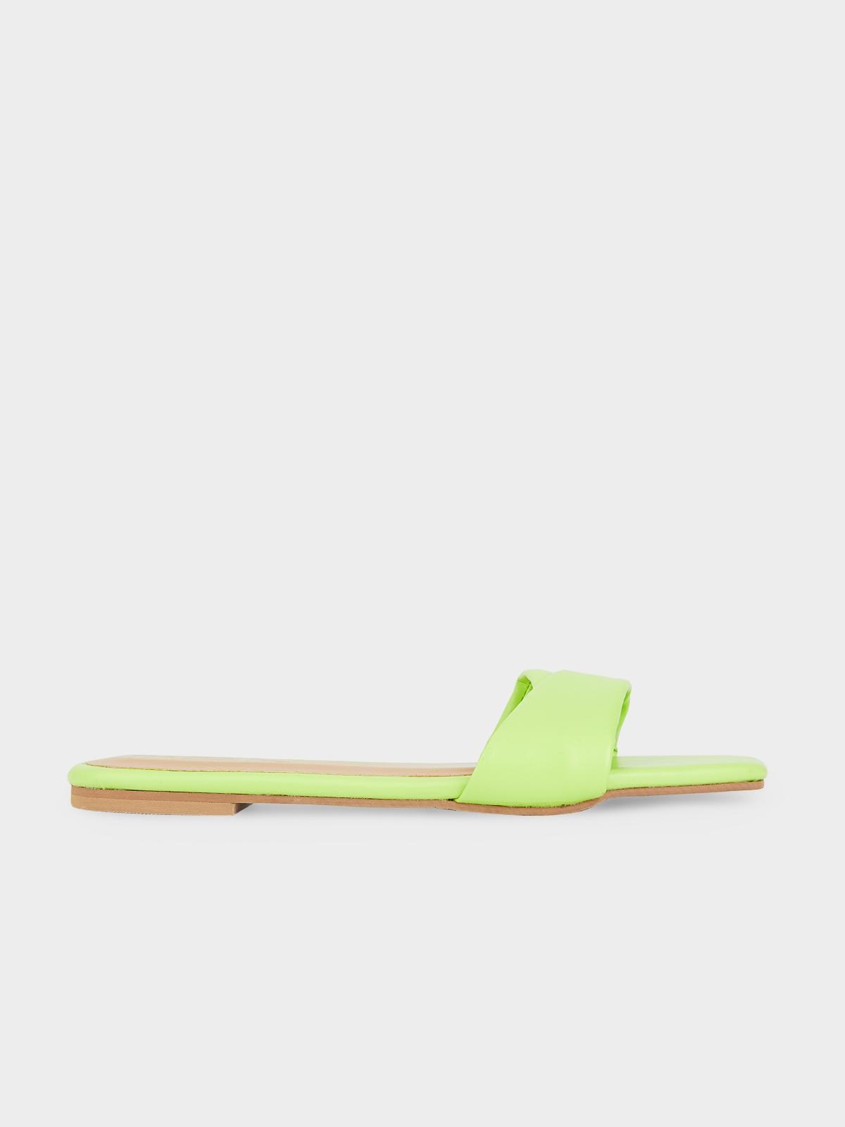 The Parsley Market Leaf Sandals Green