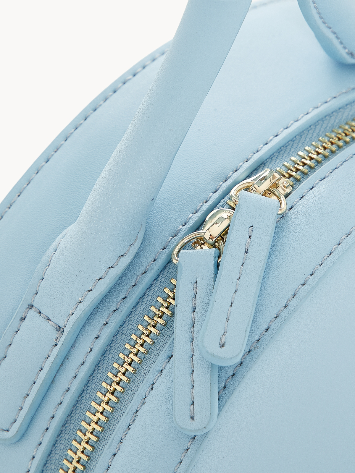 Premium Leather Circle Zipped Wristlet Blue